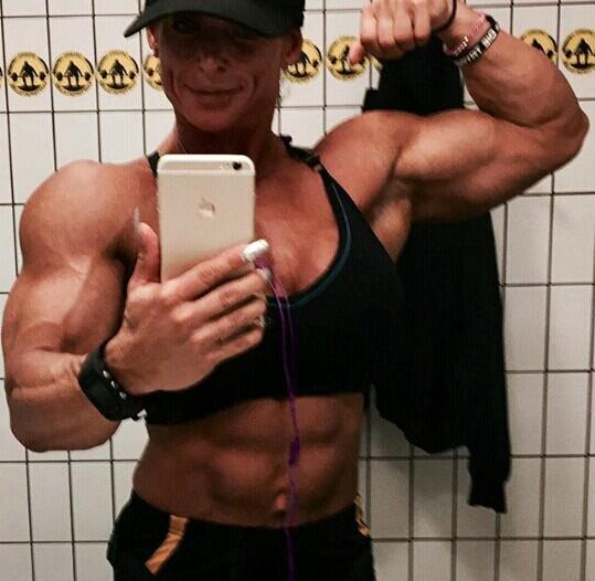 fitness per donne oltre i 40 anni il contatto e