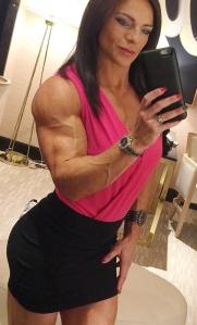 trish-50-anni-bodybuilder