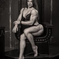 Il Giornale Style : Bella e Muscolosa Così Cambia la Donna
