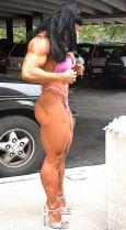 Modella Muscolosa 50 anni Monica