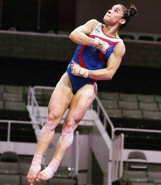 Alexandra Raisman scolpita di muscoli