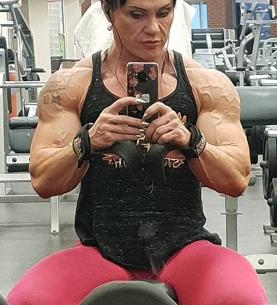 Jay Fuchs ju jitzu, muay thai e bodybuilding 50 anni